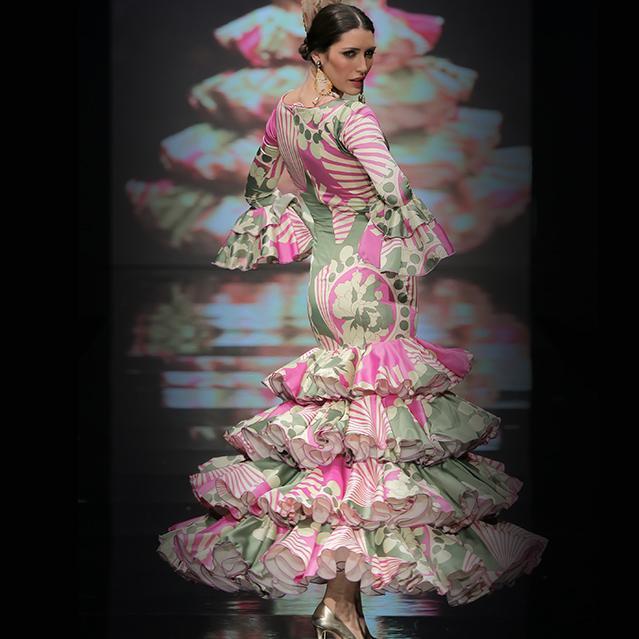 Traje de flamenca 9 - Carmen Latorre 14c8db7a431